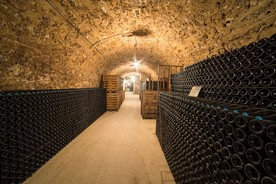 kilometerlangen Kellergalerien in der Champagne
